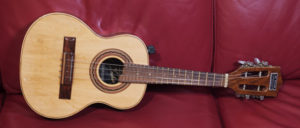 Cavaquinho Brasiliano strumento musicale della tradizione del sud america